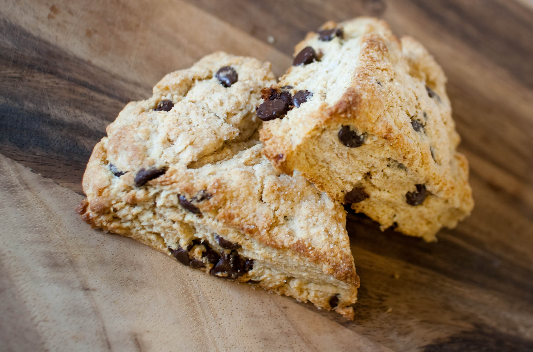 Sour Cream Scones with Chocolate Chips – Fresh & Foodie