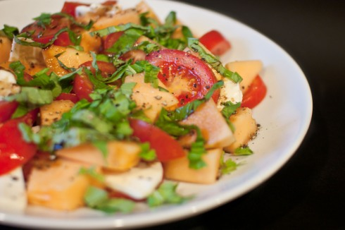 Cantaloupe Caprese from freshandfoodie.com @freshandfoodie