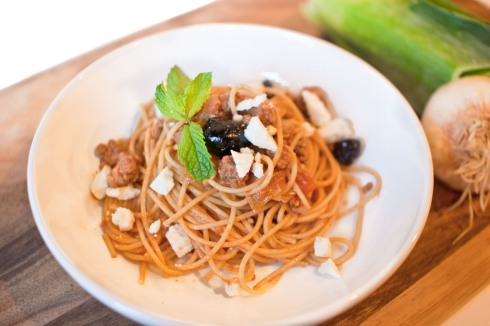 Whole Wheat Spaghetti with Lamb and Mint from freshandfoodie.com @freshandfoodie