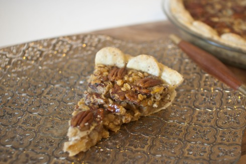 Oatmeal Maple Bourbon Pecan Pie with Flax Crust from freshandfoodie.com @freshandfoodie