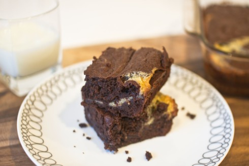 Fudgy Brownies with Vanilla Bean Mascarpone Swirl from freshandfoodie.com @freshandfoodie