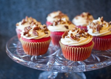 red velvet cupcakes with bourbon cream cheese frosting from freshandfoodie.com @freshandfoodie