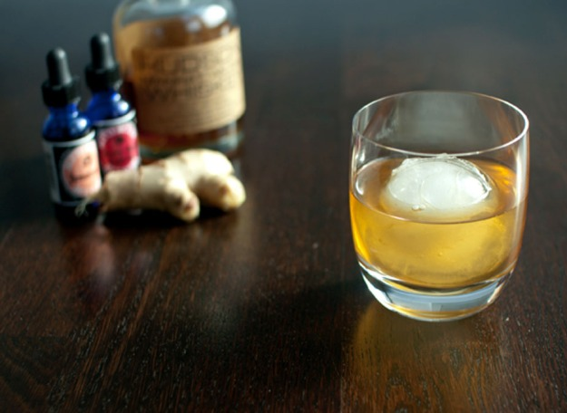 ginger old fashioned from freshandfoodie.com @freshandfoodie
