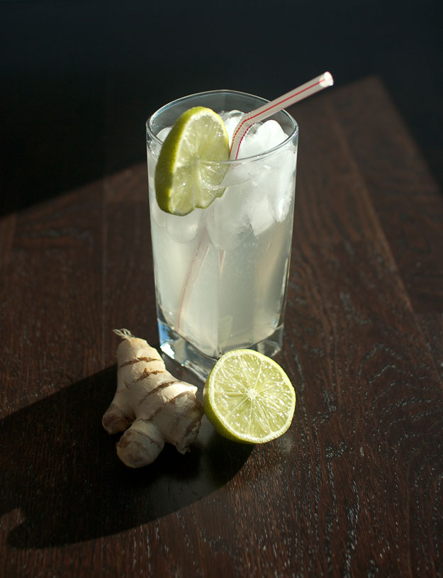 homemade ginger ale from freshandfoodie.com @freshandfoodie