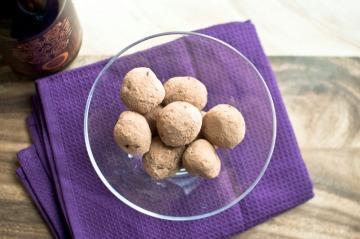 chili stout truffles via freshandfoodie.com @freshandfoodie