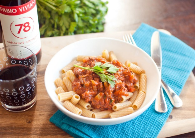 Fabio Viviani Red Wine Bolognese from freshandfoodie.com @freshandfoodie